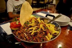 cara membuat nasi goreng untuk satu porsi arek suroboyo pasti sudah akrab dengan 8 warung nasi goreng ini