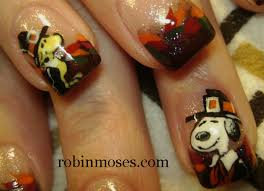 nail for thanksgiving fall thanksgiving autumn nail autumn leaves nail