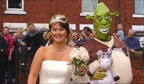 themed weddings shrek themed weddings think about that 102833453