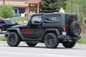 jeep wrangler pickup spotted testing jl wrangler mule spotted with manual transmission photo u0026 image