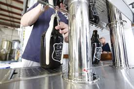 grumbling over growlers beer fans seek refill answers lifestyle