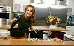 giada de laurentiis slices finger during live broadcast ny daily news