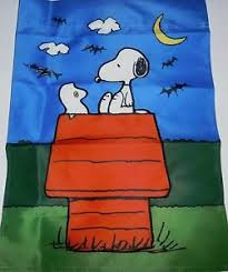 snoopy on his dog house snoopy sitting on his dog house w woodstock dressed as a ghost 12