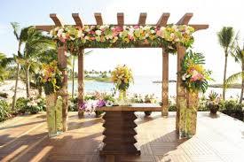 island themed wedding hawaiian wedding decorations wedding corners