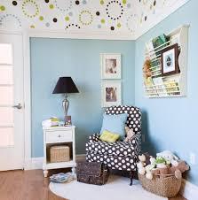 décoration plafond chambre bébé chambre enfant déco chambre bébé fauteuil pois plafond déco