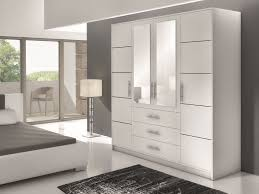 armoire moderne chambre armoire decoration coulissante inspiration moderne idee coucher pas