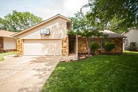Completely Open Floor Plans by New Price Tulsa Home In Southbrook Brian Frere Home Team