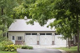 Overhead Door Of Sioux Falls Carriage House Garage Doors By C H I Overhead Doors Model 5334a