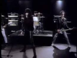 the ramones merry i don t want to fight tonight