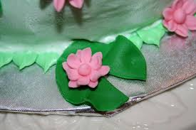 frog themed baby shower frog and pads baby shower cake cakecentral