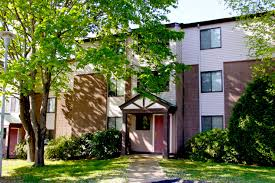 Two Bedroom Apartments In Ct by Peppertree Apartments Rentals In Groton Ct Studio 1 Bedroom 2