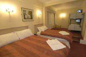 Manchester Airport Hotels - Hotel with family room