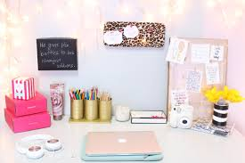Cool Office Desk Stuff Fascinating Office Girly Cubicle Decorating Ideas With Unique