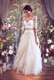 wedding dress accessories great gatsby inspired wedding dresses and accessories