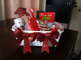 christmas gift basket ideas home decor diy christmas gift basket from the dollar store