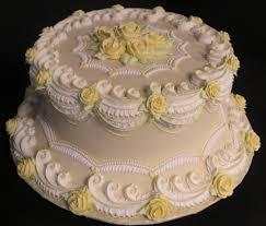 royal icing wedding cake designs scallop piping scalloped cake