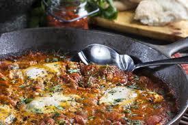 id cuisine simple simple shakshuka mrfood com