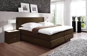 Wandgestaltung Schlafzimmer Gr Braun Schlafzimmer In Braun Und Beige Tnen Schlafzimmer In Braun Und