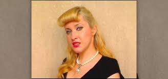 pinup clip in ponytail with bangs how to create the retro pin up beyoncé bangs from telephone