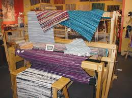 How To Make A Rag Rug Weaving Loom Rag Rug How To Use Rag Rugs In Your Home