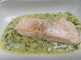 cuisiner l oseille fraiche saumon sauce à l oseille c est pas d la tarte