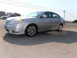 lexus es vs toyota avalon 2012 toyota avalon overview cargurus