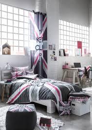 decoration anglaise pour chambre une ligne de produits keep calm à l image du drapeau anglais pour un