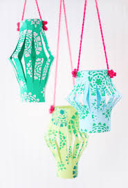 Paper Craft Steps - how to make paper lanterns in 4 easy steps handmade