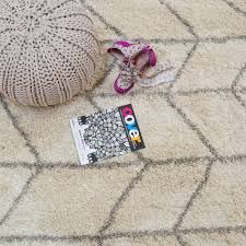 Buy Modern Rugs by Logan Rugs Lg07 In Cream And Grey Buy Online From The Rug Seller
