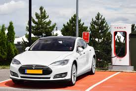 tesla model s charging file tesla model s p90d charging jpg wikimedia commons