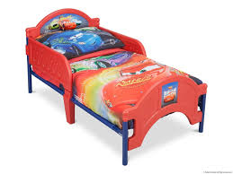 canape enfant cars lit lit enfant cars fantastique lit flash mcqueen disney cars