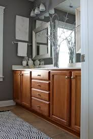 Best Paint Color For Small Bathroom Best 25 Oak Bathroom Ideas On Pinterest Cream Modern Bathrooms