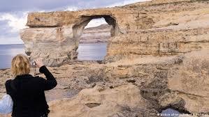 Azure Window Malta U2032s Azure Window Rock Formation Collapses News Dw 08 03 2017