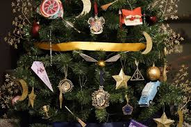 themed christmas decorations this harry potter themed christmas tree is a feast for potterheads