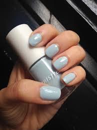 innisfree nail polish review ii h a l f i n c h n a i l s