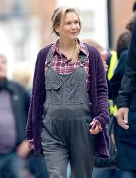 see renee zellweger u0027s maternity overalls on the bridget jones u0027s
