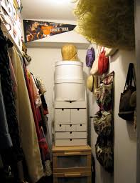 storing vintage in a small closet dronning vintage