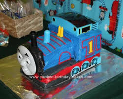 coolest thomas the train birthday cake design