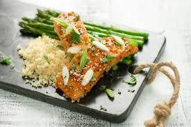 saumon cuisine fut saumon caramélisé à l érable et au miso nautilus plus