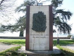 Pietra Di Luserna Prezzi by Monumento Ai Caduti Di Castiglione Del Lago Guerra 1940 45