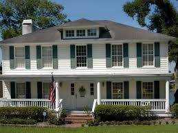 pictures of front porches on colonial homes