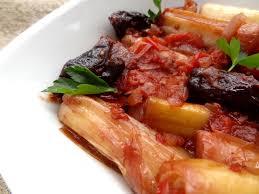 poireaux cuisine poireaux aux pruneaux praza me damaskina grèce la tendresse en