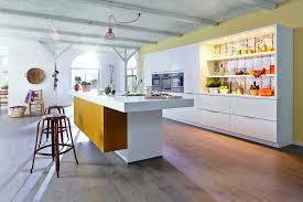 Tapeten Für Die Küche Frisch Wohndesign Cool Gelbe Kuche Ideen K