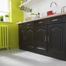 cuisine repeinte en noir peinture pour meuble dans cuisine repeinte noir et vert anis