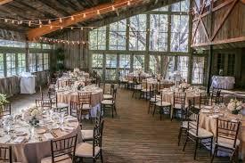 Rustic Barn Wedding Venues Hay Bale Budget Money Saving Tips For Your Rustic Barn Wedding