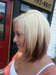 show me a picture of brandys bob hair style in the game blonde hair color with red reverse ombre hair color with inverted