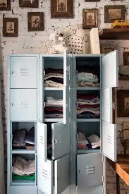 idee rangement vetement chambre les 25 meilleures idées de la catégorie rangement des vêtements