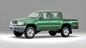 toyota commercial vehicles usa toyota hilux double cab u00272001 u201305 youtube