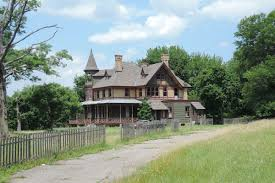 ghost towns for sale staten island u0027s historic haunted kreischer mansion is for sale