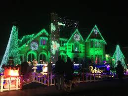 christmas light show ct park ridge family s holiday light show raises more than 110 000 for